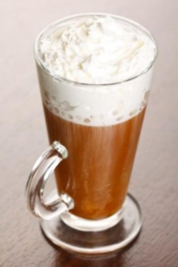 Kava su amaretu