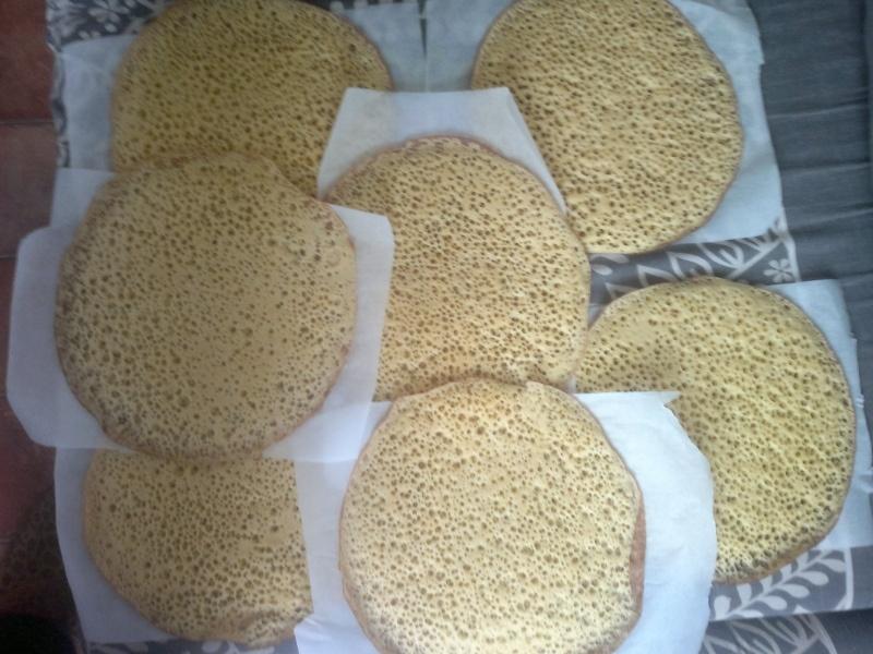 Alžyrietiški blynai (baghrir)