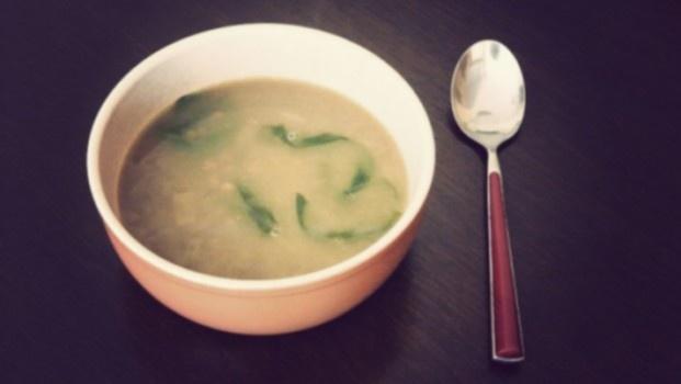 Lęšių sriuba su kokosu pienu