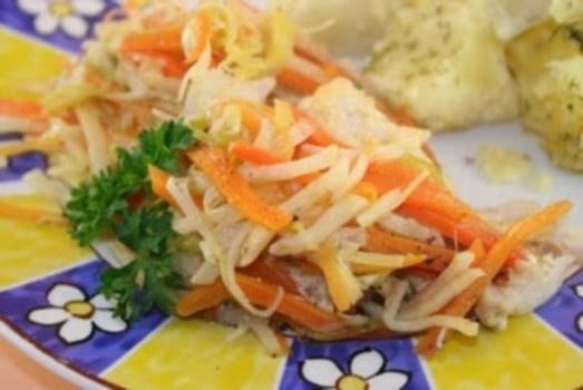 Žuvis su daržovėmis