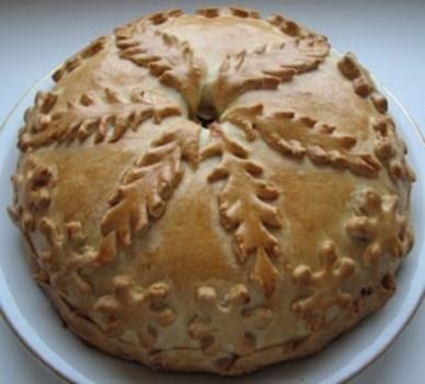 Kurnik - blynų pyragas su trimis įdarais