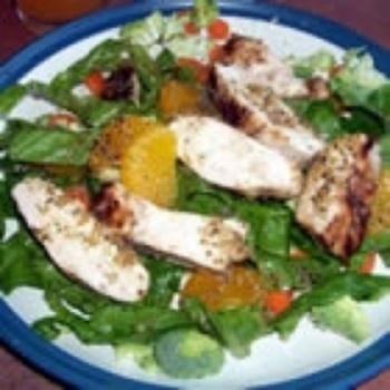 Griliuje keptos vištienos salotos su mandarinais
