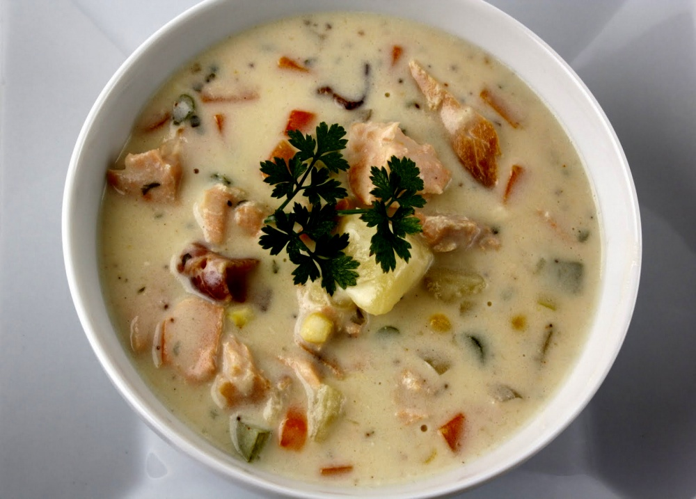 Lašišos sriuba su daržovėmis