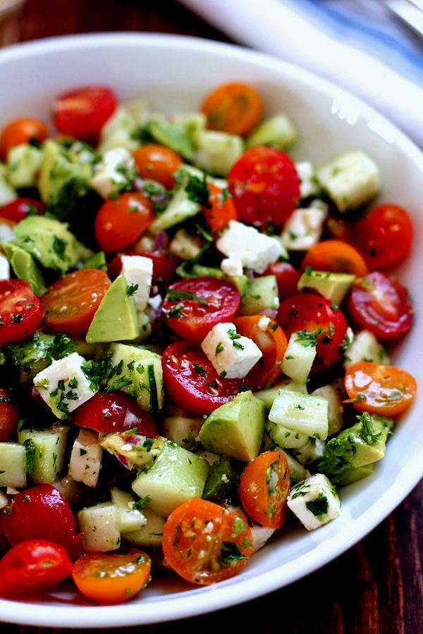 Gaivios daržovių salotos su fetos sūriu