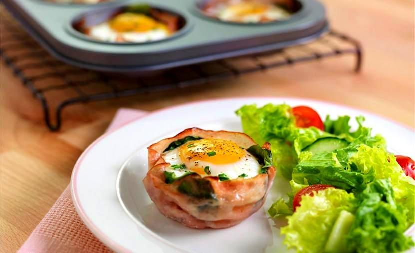 Kiaušinienė keksiukų formelėse