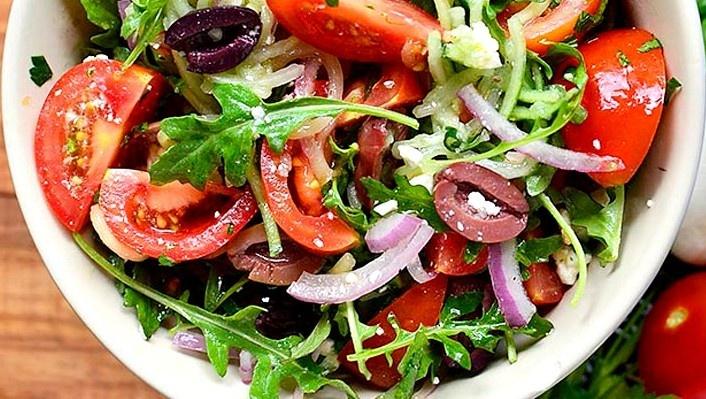 Gaivios sveikuoliškos salotos
