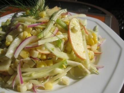 Salotos, kurias galima valgyti net ir prieš miegą