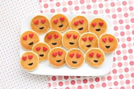 """Emoji"" blynai"