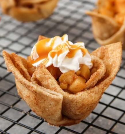 Obuolių pyragas tortilijoje