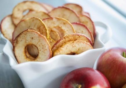 Cinamoniniai obuolių traškučiai