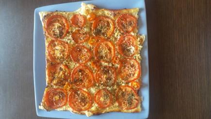Užkepėlė su pomidorais