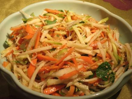 Korėjietiškos salotos