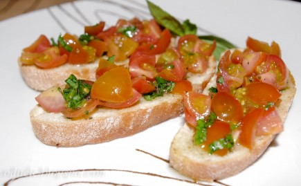 Duonelė su pomidorais
