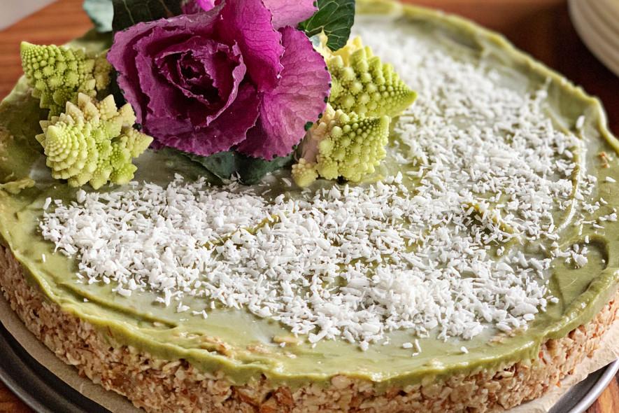 Žalias (raw) avokado pyragas